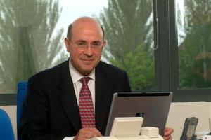 Mauricio Lapastora, director general de Fujitsu Siemens Computers