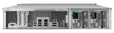 Detalle de conexiones de NAS QNAP TS-EC1279U-RP