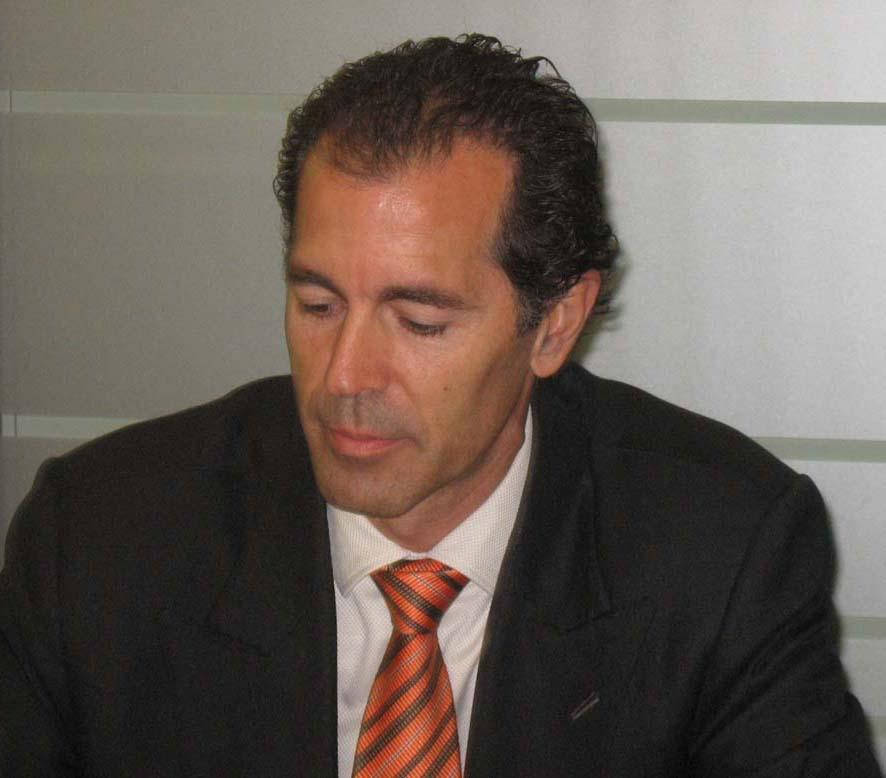 Carlos Onis, director comercial HP ProCurve