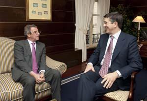 César Alierta, presidente de Telefónica, y Patxi López, presidente del Gobierno Vasco