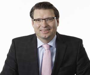 Jürgen Hernichel, vicepte. ejecutivo de Colt