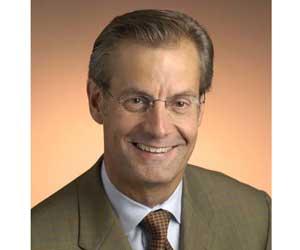 Gary B. Smith, CEO de Ciena