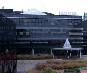Nokia prepara despidos en su cupula directiva