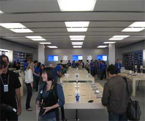 Ron Johnson Apple Store