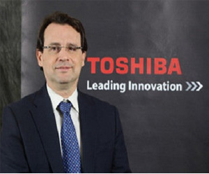 Toshiba Emilio Dumas division de informatica